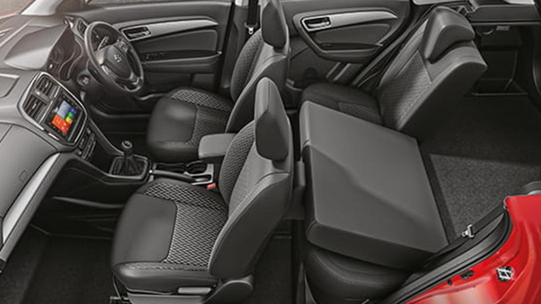60:40 Split, Flip-Foldable Rear Seats